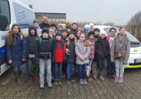 Schüler stellen Fragen zur Stromversorgung in Homberg